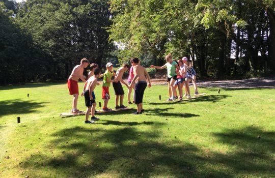 jeux coopération course ski