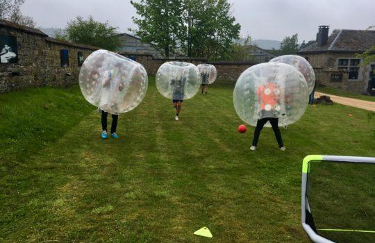 bubble foot terrain goals bulle