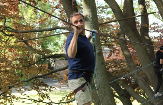 Pont de singe arbres accrobranche parc aventure